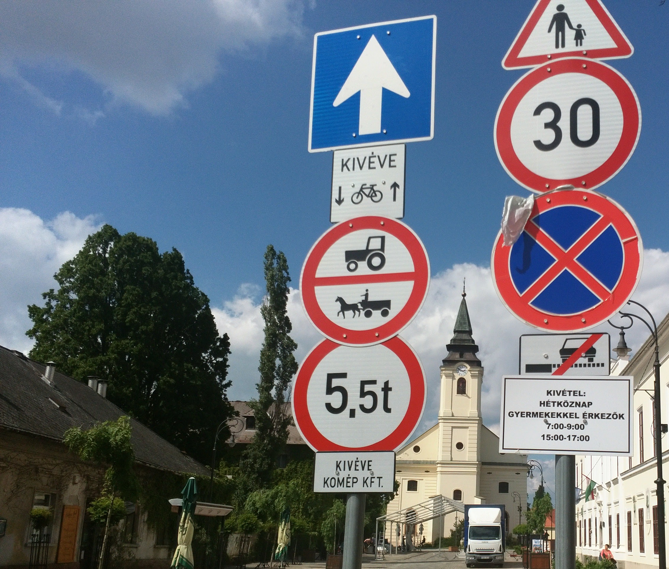 Szarvas-Hungary-asicu-Gabor-Domjan-church-road-signs